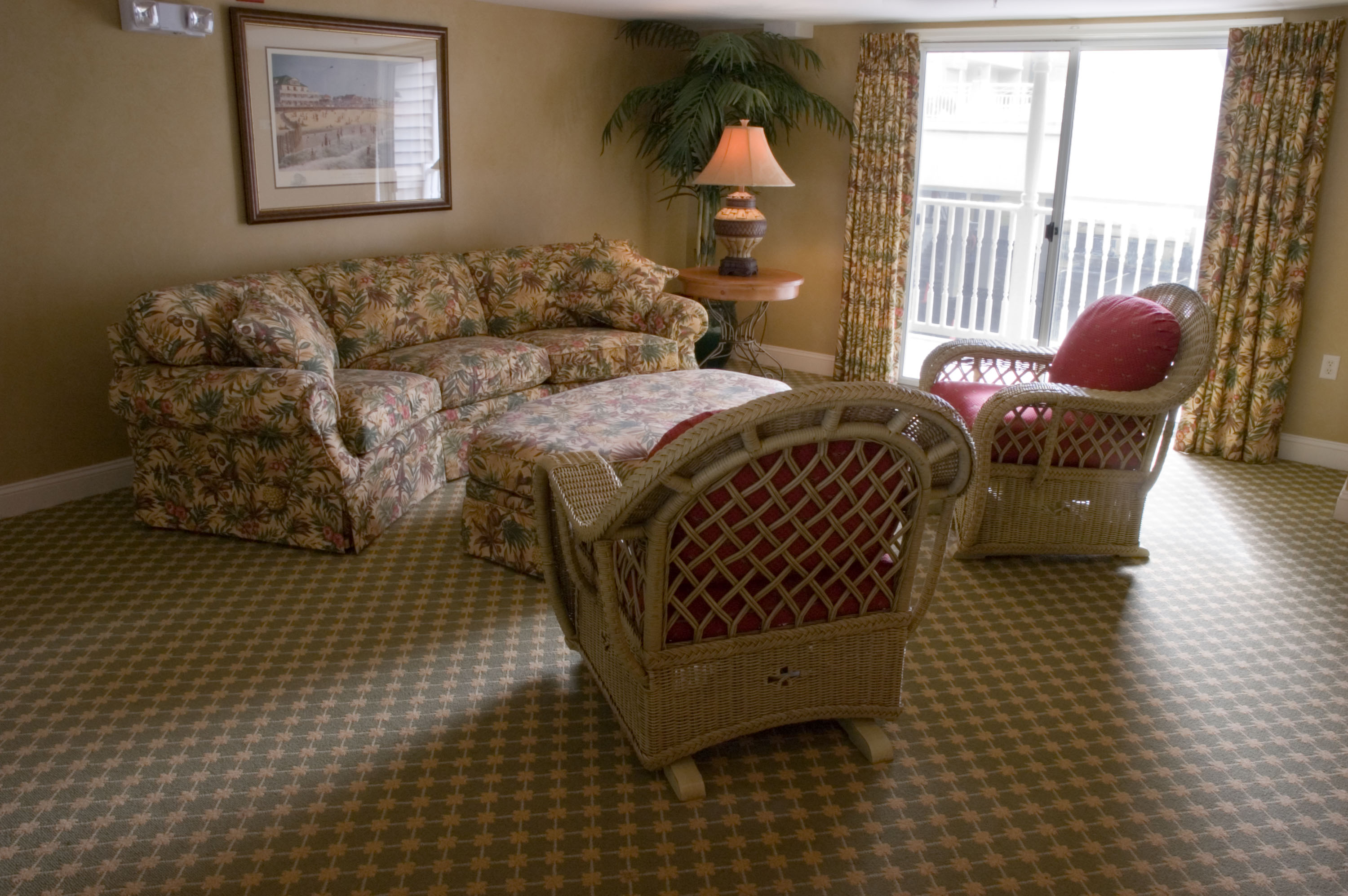 Breakers Hotel Oceanfront Suite With Lounge In Ocean City, MD